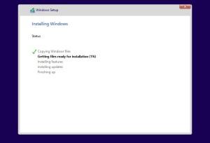 Widnows10 ファイルのコピーやインストール作業が開始
